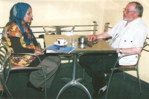 يدلي بحديث لمندونة جريدة الصحراء المغربية بالرباط.jpg