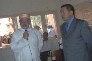 يلقي خطاب افتتاح المهرجان الثقافي لمدينة الحسيمة.png