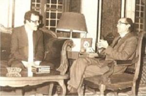 مع رئيس البرلمان التونسي سنة 1981.jpg