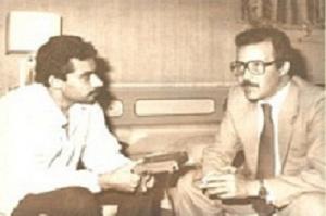 يدلي بحديث صحفي لجريدة العمل التونسية سنة 1984.jpg